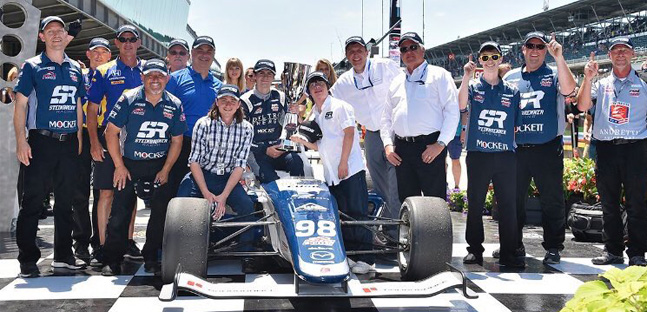 Indy Lights a Indianapolis<br />Herta batte O'Ward in volata