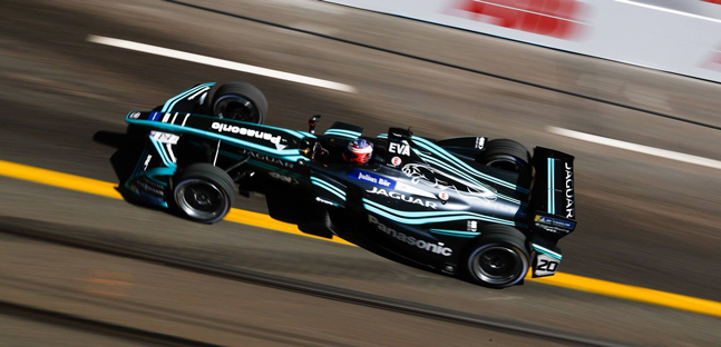 Zurigo - Qualifica<br />Jaguar in pole con Evans