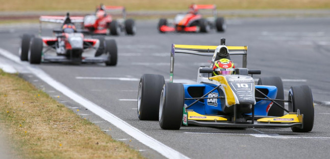 Toyota Racing Series a Taupo<br />Lawson torna leader, Armstrong a -5