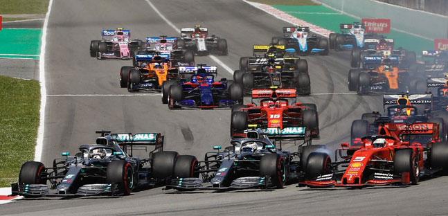 Hamilton di nuovo leader,<br />Ferrari umiliata, Verstappen a podio