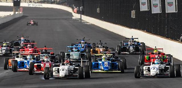 USF2000 a Indy Road<br />Eves inizia a scappare