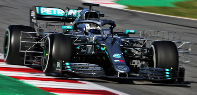 Test a Montmelò - 1° giorno<br />Bottas leader, Ilott che botto