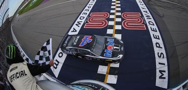Michigan, gara<br />Harvick torna al vertice