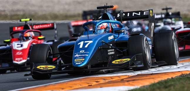 Zandvoort - Gara 2<br />Martins di forza, Hauger KO